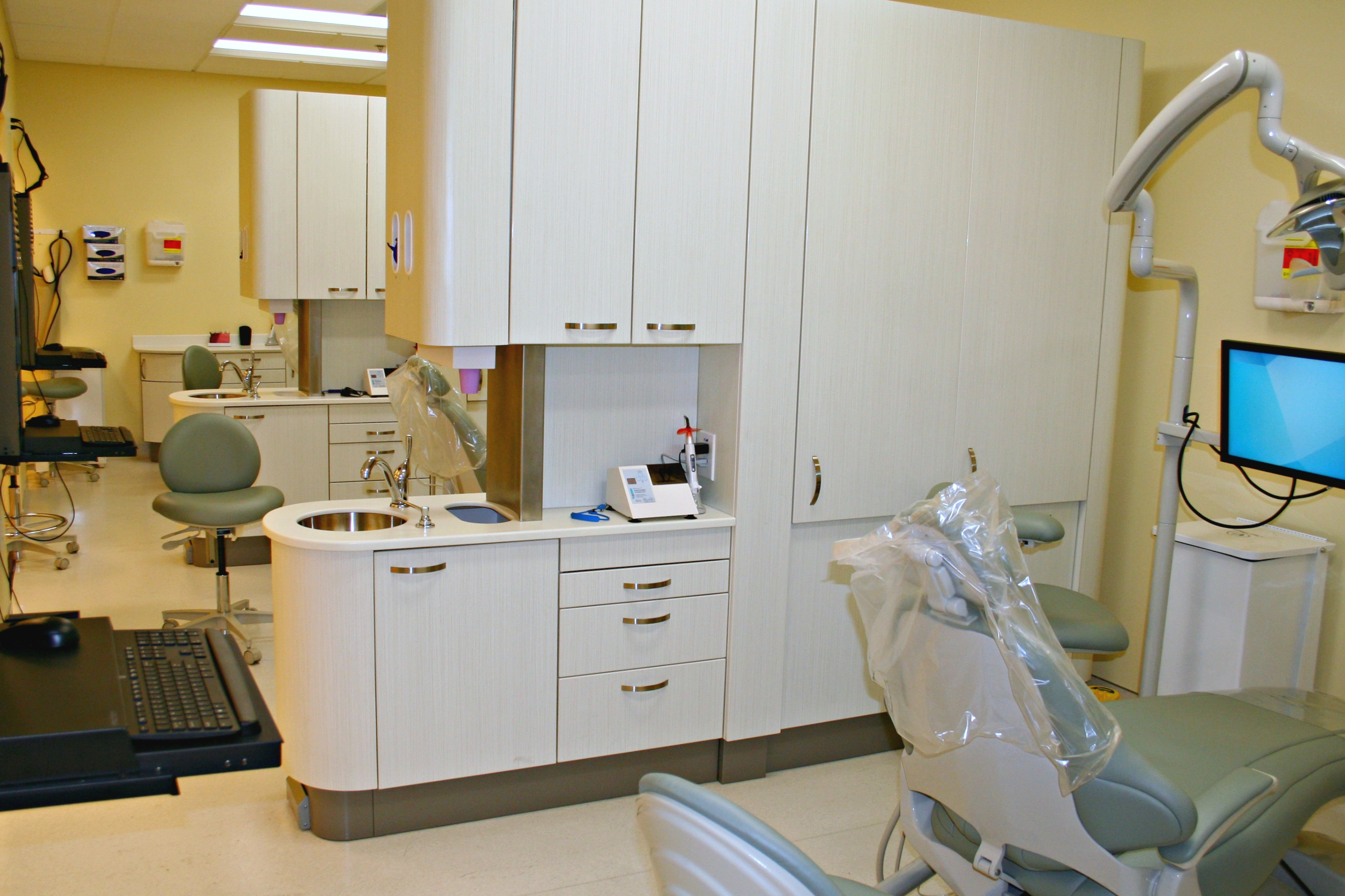 General Contractor Builds Los Angeles Medical Dental Facility Construction